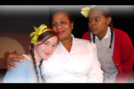 Gretna Zehner (L), Donna King & Coti Gayles in The Bluest Eye