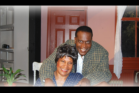 (seated) Pat McGuire Hill as Mama & Anthony Bean as Walter